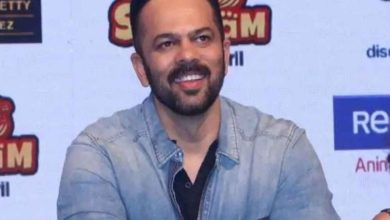 Photo of Rohit Shetty next to Corona fighters, director takes charge of all day meal for working policemen