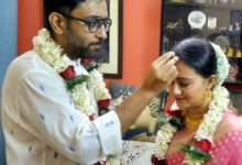 Photo of One month after the wedding, Abhimanyu took the 'anise' of the screen home by playing conch shells: viral video