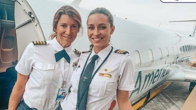 Photo of The mother and daughter pair made a new history by flying a plane together